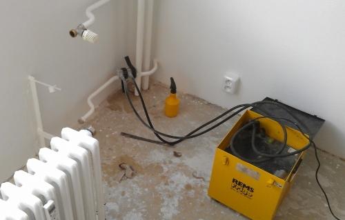 Přetěsnění litinových radiátorů